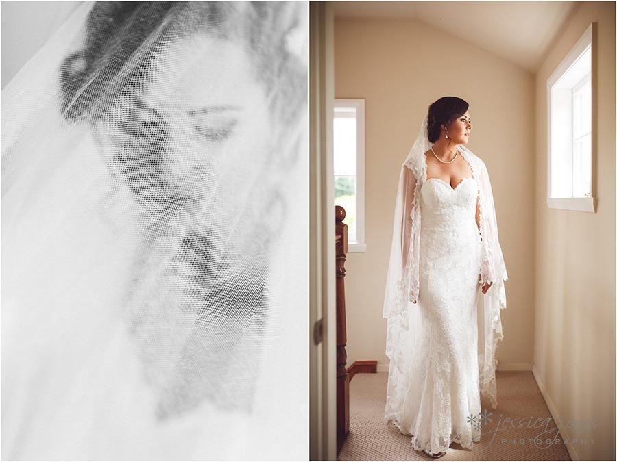 SarahNick_OldBarn_Wedding-015