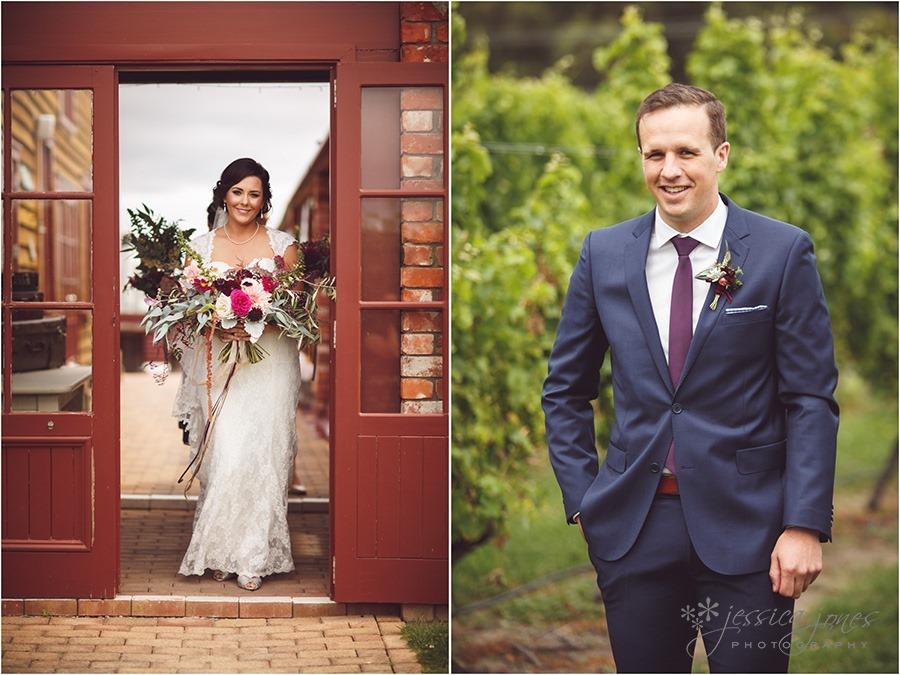 SarahNick_OldBarn_Wedding-025