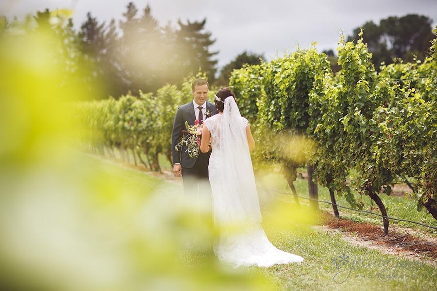 SarahNick_OldBarn_Wedding-027