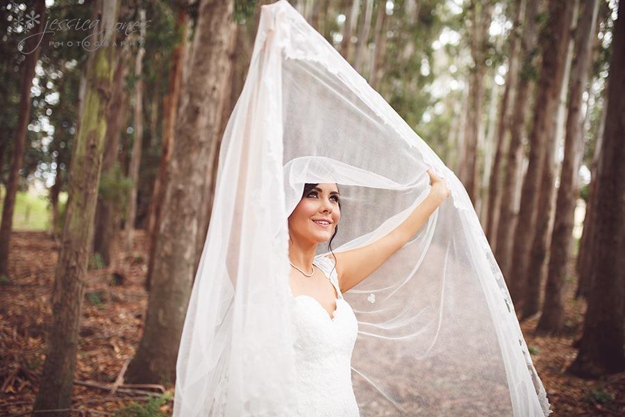 SarahNick_OldBarn_Wedding-042