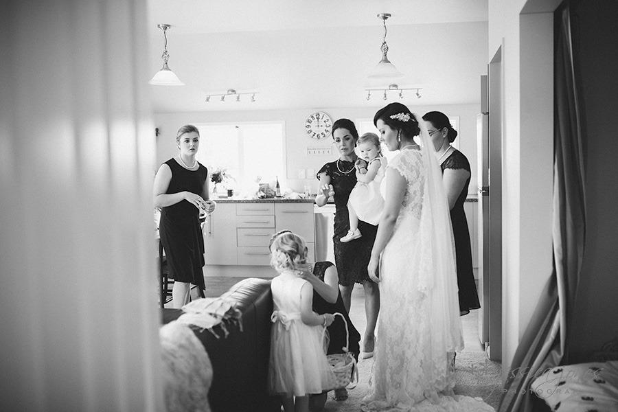 SarahNick_OldBarn_Wedding-051