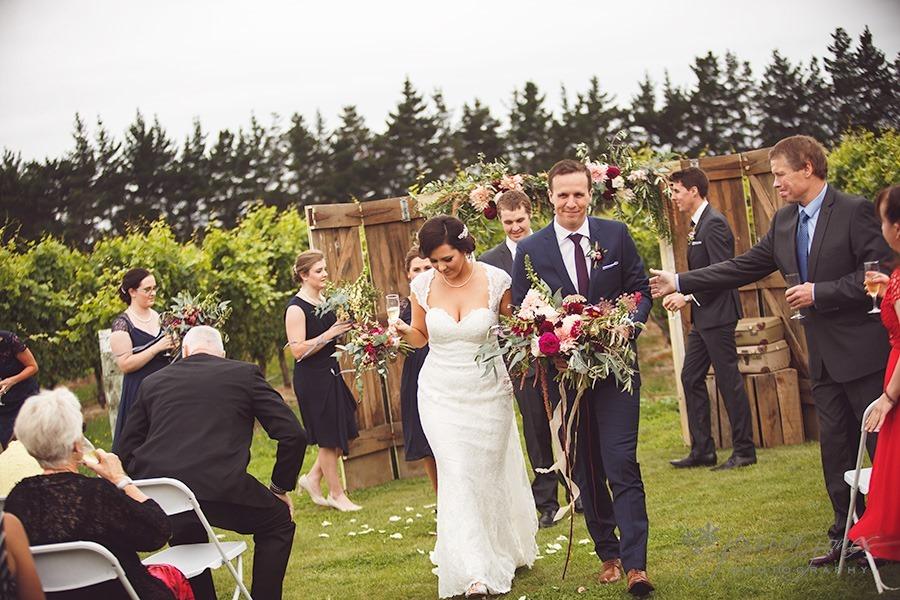 SarahNick_OldBarn_Wedding-062