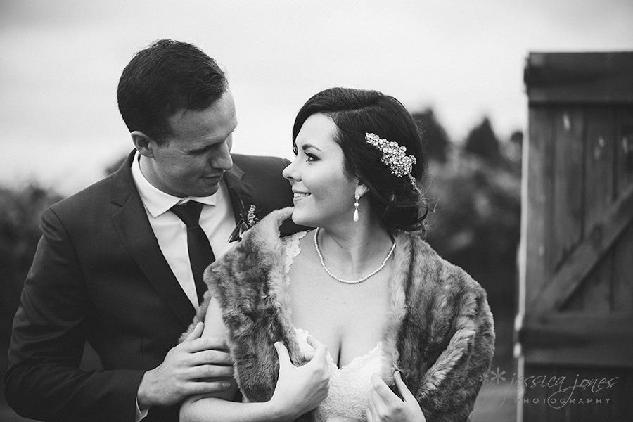 SarahNick_OldBarn_Wedding-073