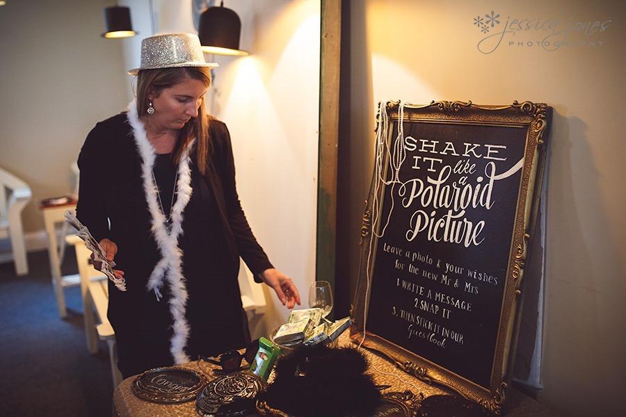 SarahNick_OldBarn_Wedding-075