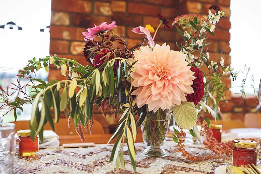 SarahNick_OldBarn_Wedding-077