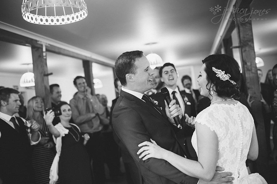 SarahNick_OldBarn_Wedding-092