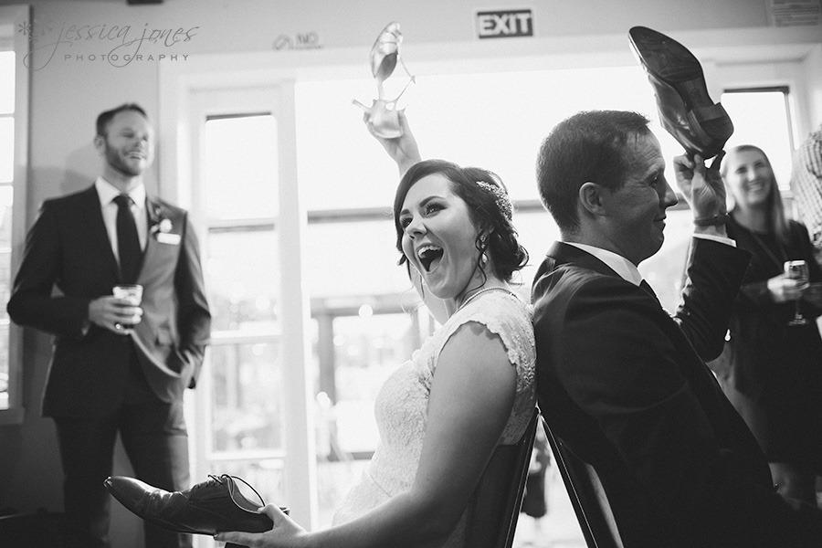 SarahNick_OldBarn_Wedding-093