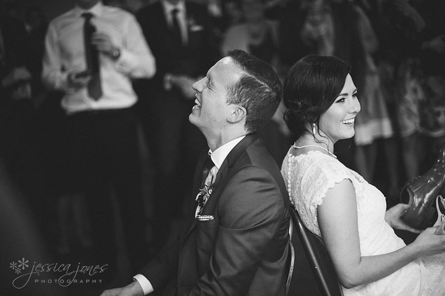 SarahNick_OldBarn_Wedding-094