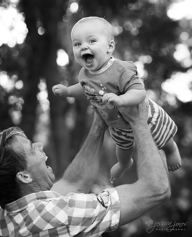 Oliver_baby-_portrait_fb_0feb3578-f46b-4e6c-969d-4c59fd68af28