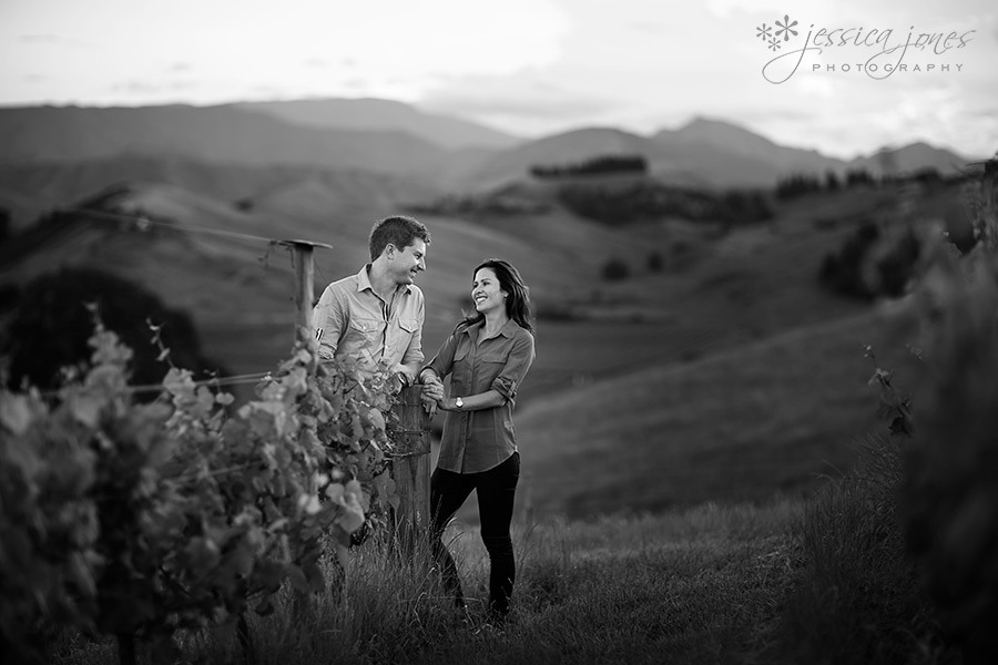 Jane_Matt_Engagement_Vineyeard_10
