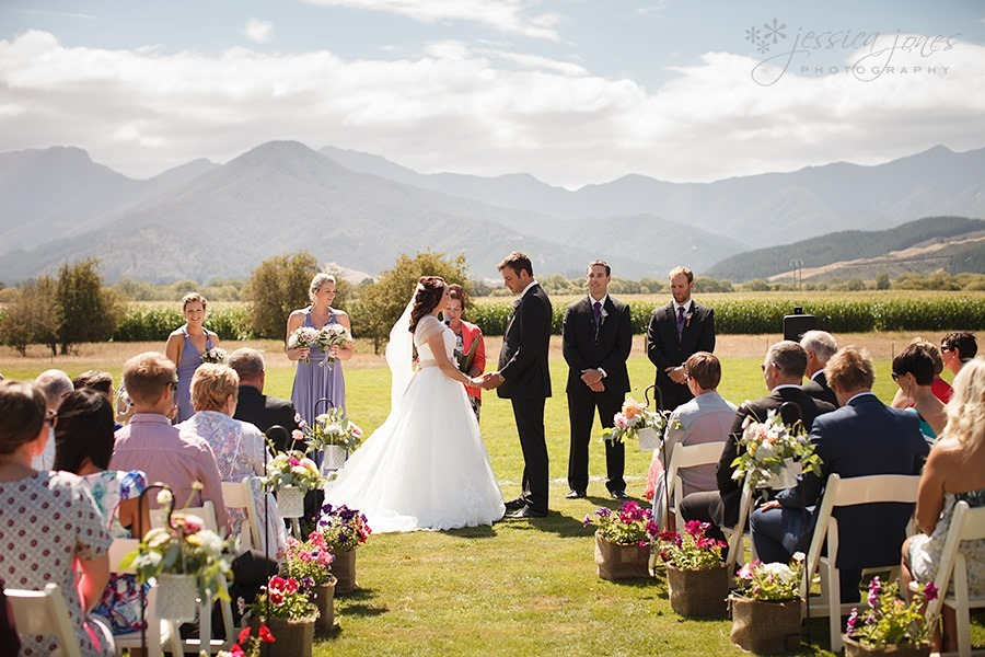Sophie_Paul_Farm_Wedding_14