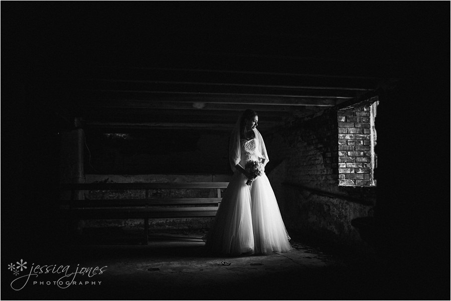Trina_Hamish_Old_Barn_Wedding_0048