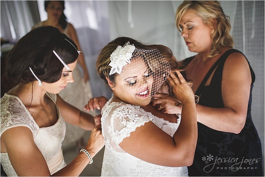 Tyrone_Cherie_Port_Douglas_Wedding_0027
