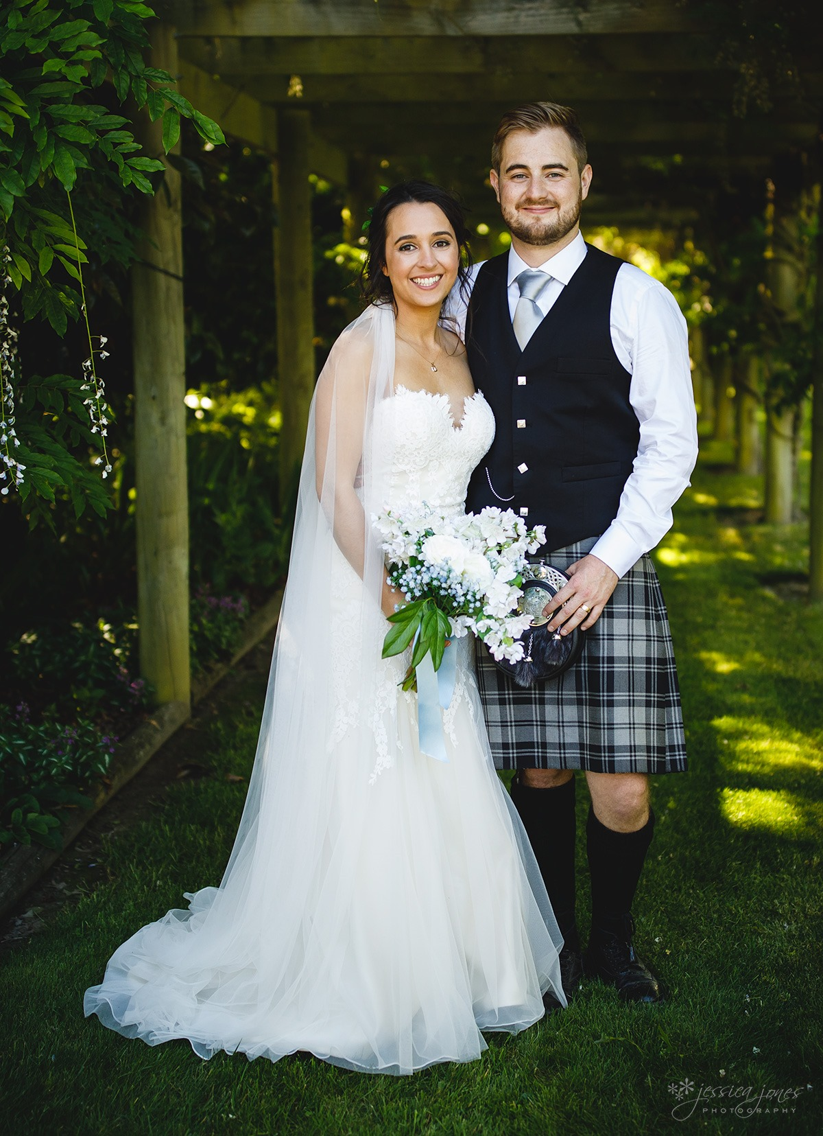 Marlborough_Garden_Wedding-064