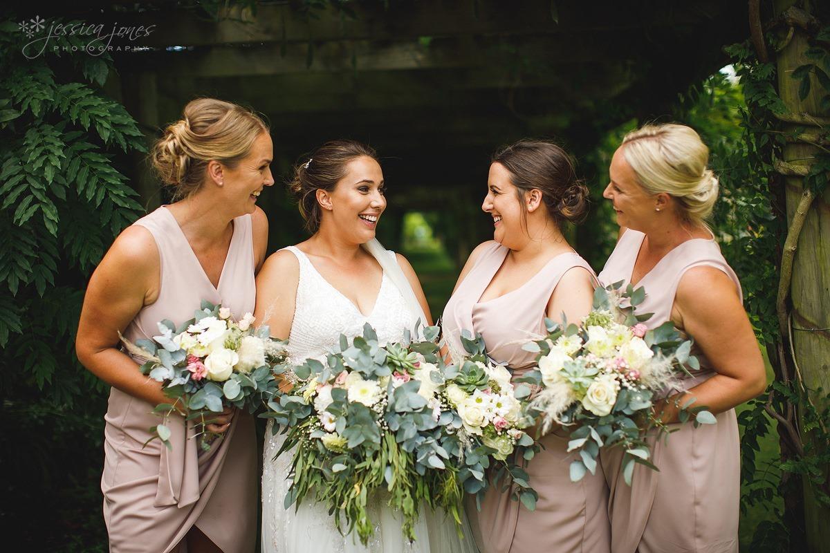 Woodend_Garden_Wedding-060